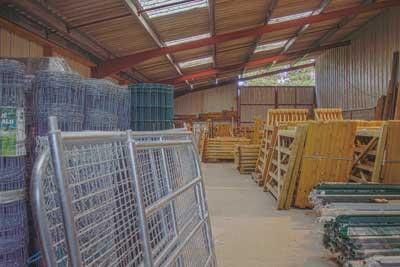 entrepot Cloture Bois Boscher , barrières bois et galvanisée à MOYAUX 14590 Normandie France